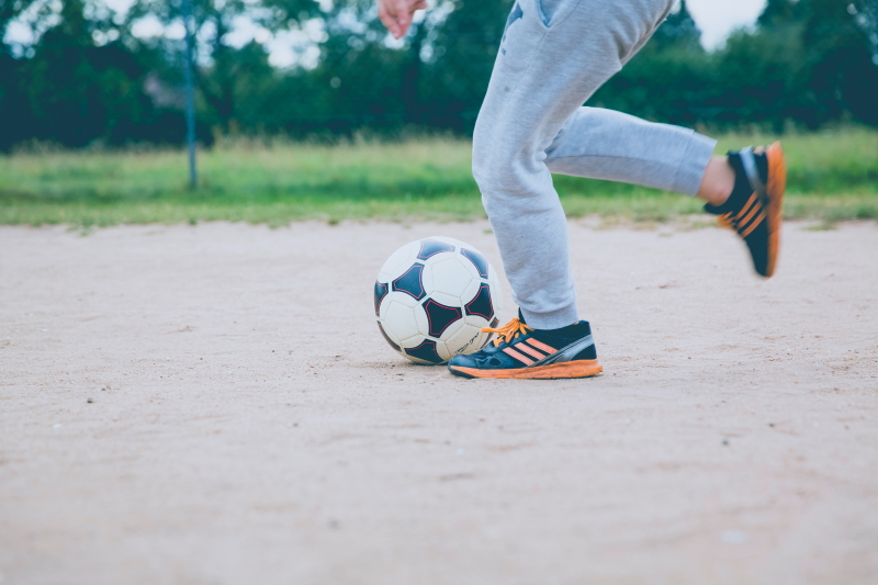 berns futbols unsplash