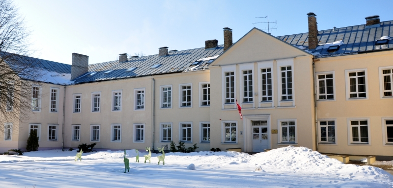 Internatpamatskola eka 800